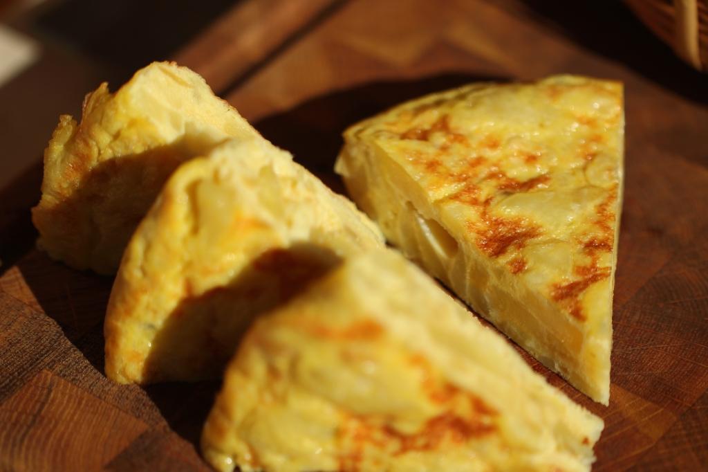 Tortilla pinchos